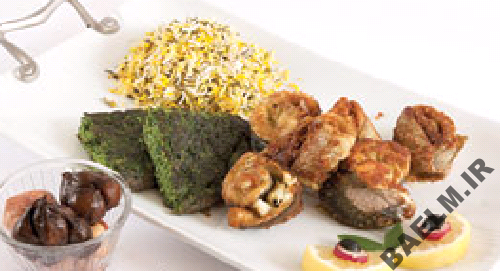 طرز تهیه سبزی پلو با ماهی رول شده
