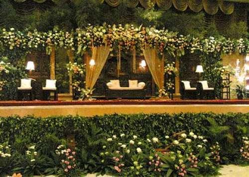1362420345-1362402562-Wedding-Decorating12