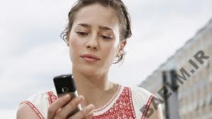 آیا چک کردن گوشی همسرمان کار درستی هست؟