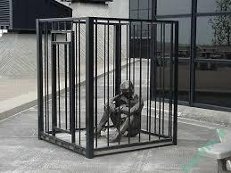 تعبیر خواب | تعبیر خواب دیدن قفس یا زندانی شدن در قفس