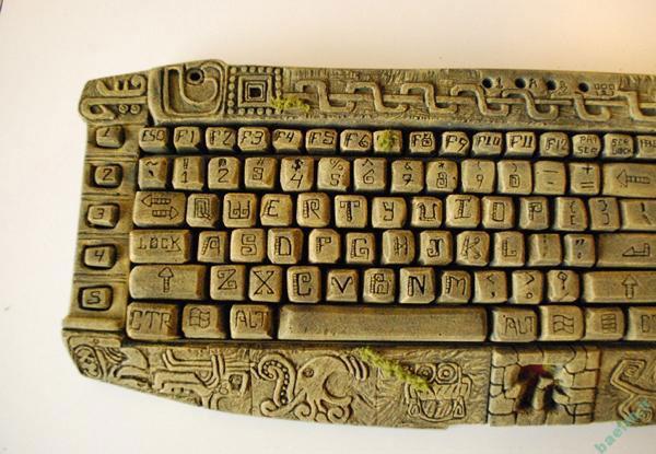 کامپیوتر | طراحی کامپیوتر مایایی به نام AzTtec
