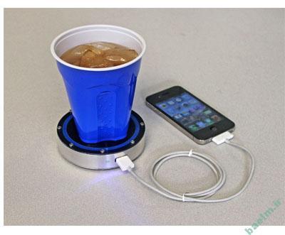 موبایل | تلفن همراهتان را با نوشابه شارژ کنید