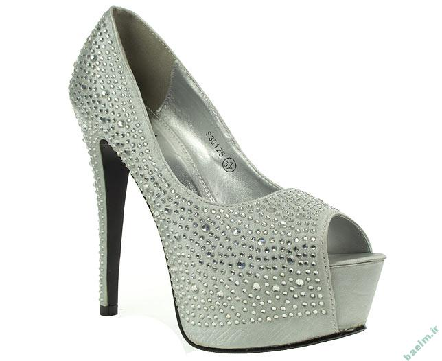 مد و زیبایی | تصاویر زیبا از کفش های نامزدی به رنگ روشن