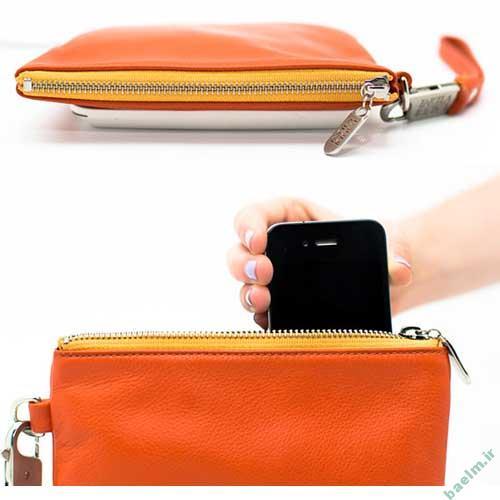 موبایل | کیف پولی که تلفن همراه را هم شارژ میکند