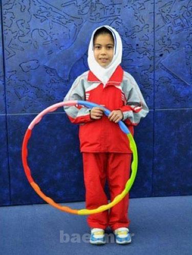 دیدنیها   دختر ایرانی، رکورددار «هولاهوپ» +عکس