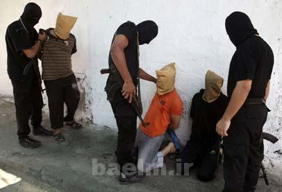خبر | حماس 7 نفر را به اتهام جاسوسی برای اسرائیل در ملاء عام تیرباران کرد.