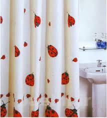 خانه داری |  پرده ی کهنه ی حمام چه کاربرد هایی دارد؟