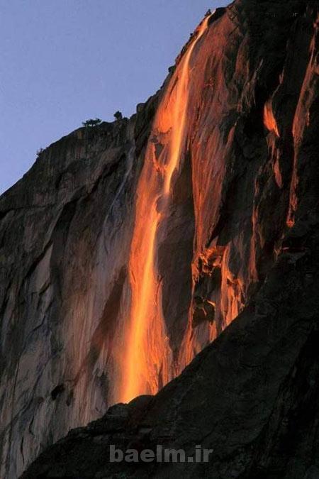 مکان های دیدنی | عکس هایی از آبشار آتشین آمریکا چشماندازی نادر در جهان