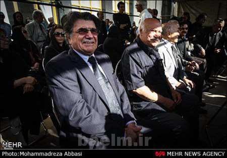 هنرمندان   محمدرضا و همایون شجریان, شهرام ناظری و مهناز افشار در مراسم تشییع سیمین بهبهانی