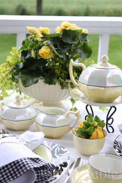 beautiful tea sets 21 Beautiful Tea Sets