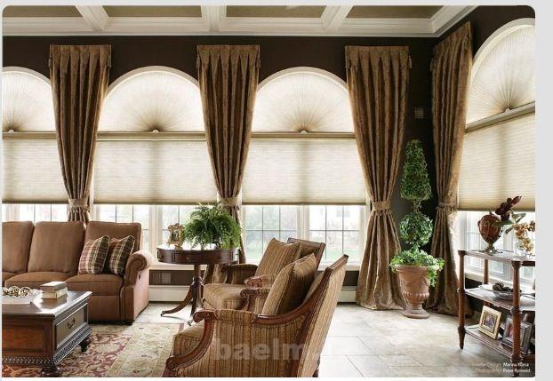 مد  عکس هایی  از تزئین پنجره ها با پرده های بلند