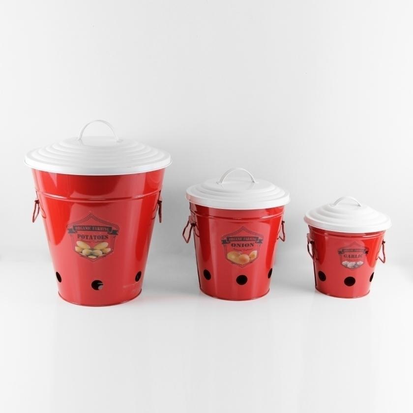 red kitchen accessories 10 Red Kitchen Accessories