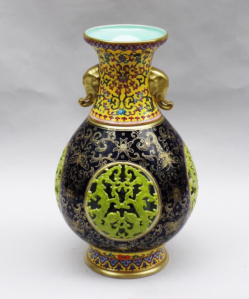 vases 2 Beautiful Vases