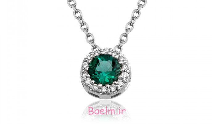 emerald necklace designs 13 Emerald Necklace Designs