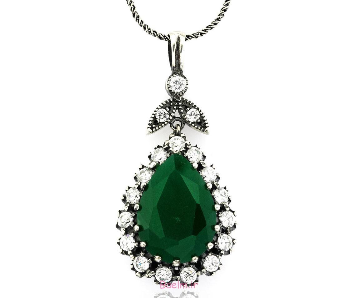 emerald necklace designs 2 Emerald Necklace Designs