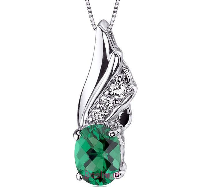 emerald necklace designs 6 Emerald Necklace Designs