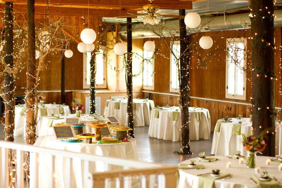 wedding reception decorations 4 Wedding Reception Decorations