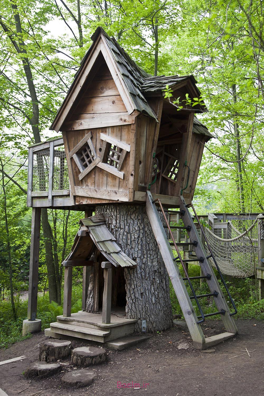 amazing tree house designs 10 Amazing Tree House Designs