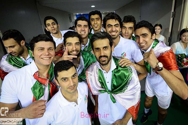 شادی ملی پوشان والیبال ایران پس از قهرمانی در آسیا