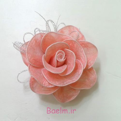 گل سرخ زیبا DIY از کیسه های پلاستیکی 8