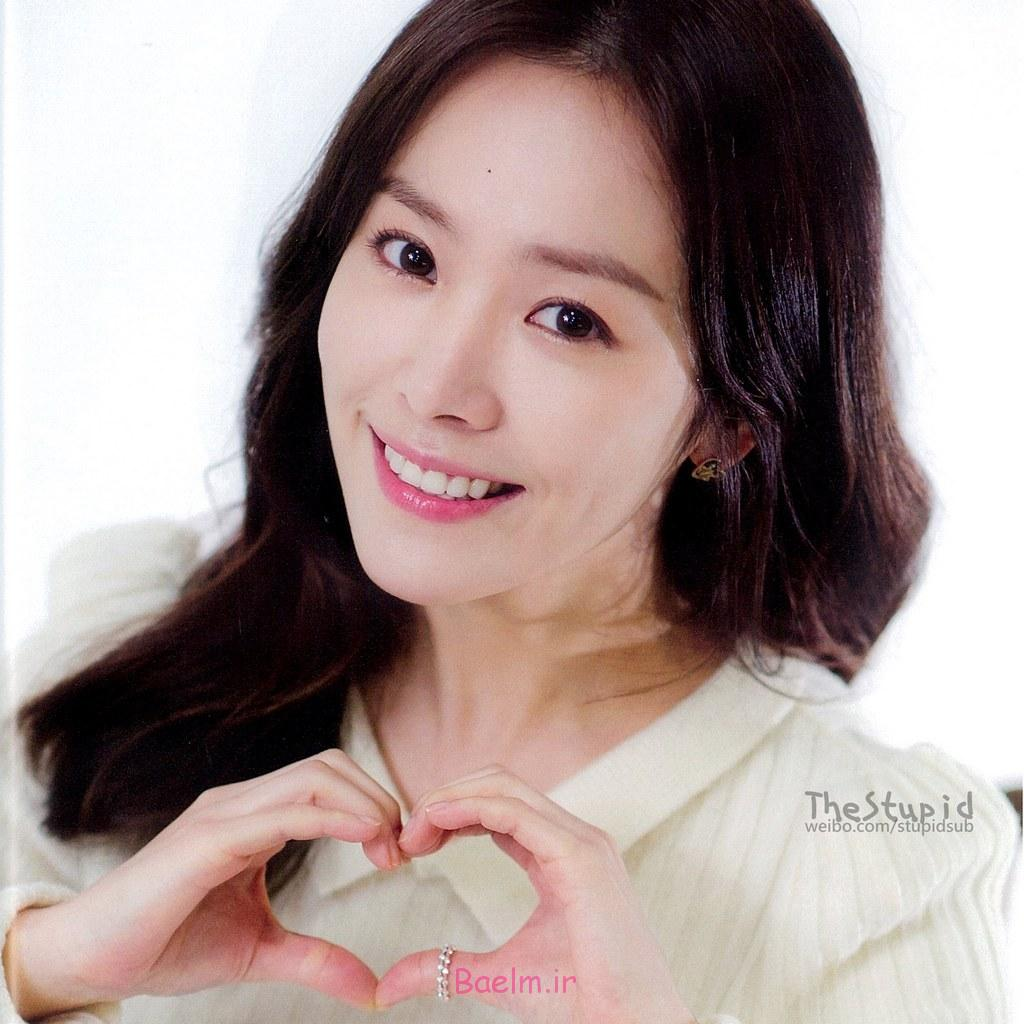 http://www.iwallpapers.co/wp-content/uploads/2013/12/South-Korean-fresh-girl-Han-Ji-Min-iPad-mini-wallpapers-1024x1024-8.jpg
