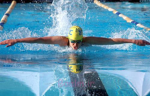 قبل از شنا کردن، روی پوستتان روغن نارگیل یا بادام بمالید