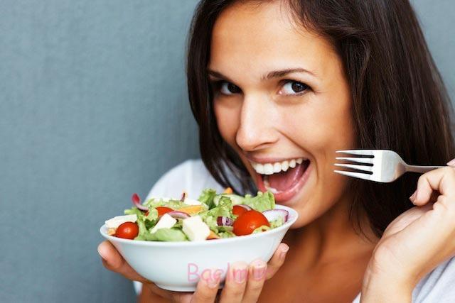 ۱۱ دلیل که همیشه گرسنهاید