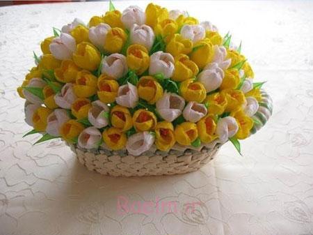 طرز ساخت گل با کاغذ کشی,گلهای رنگی با کاغذ کشی,آموزش هنر گلسازی