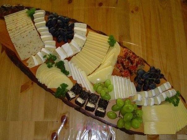 1384488478 005 Beautiful cuts decorated salad (9 photos)