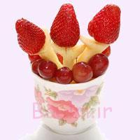 ایده برای تزئین دسر میوه ای برای مهمانی ها به شکل دسته گل