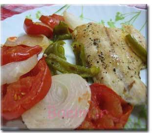 ماهی و سبزیجات در فر