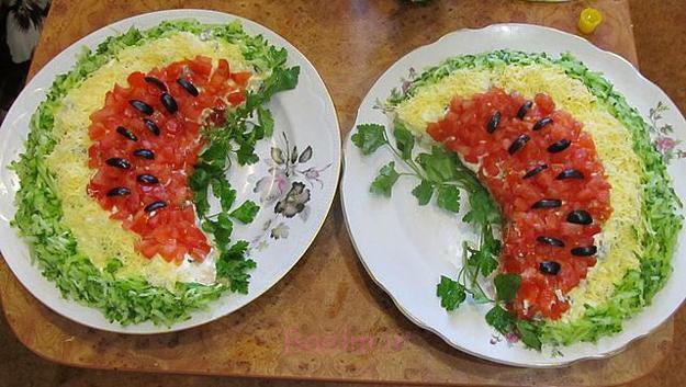 تزئین غذا و تزیین سالاد و تزئین بشقاب میوه