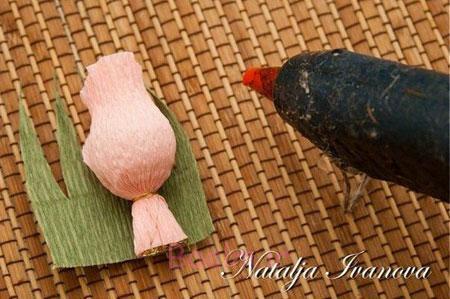 آموزش گلسازی کاغذی,درست کردن گل با کاغذ کشی