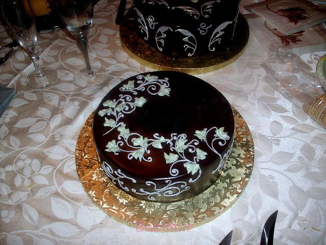 کیک شکلاتی،کیک مجلسی،کیک فانتزی،تزئین جالب کیک کیک شکلاتی