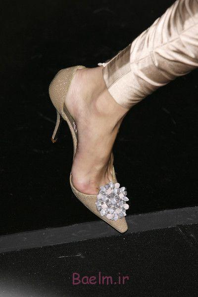 کفش پاشنه طلایی با گل