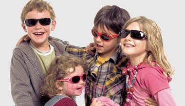 مناسبترین عینک آفتابی برای کودکان,عینک آفتابی مناسب کودک