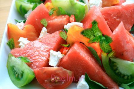 طرز تهیه سالادهای فصل تابستان,مواد لازم برای تهیه سالاد هندوانه و گوجه