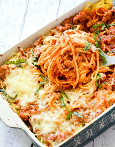 درست کردن اسپاگتی پخته با پنیر,مواد لازم برای اسپاگتی پخته با پنیر