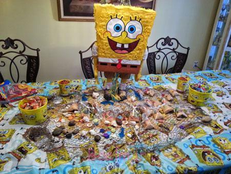 کیک تولد باب اسفنجی, تزیین میز تولد با تم باب اسفنجی