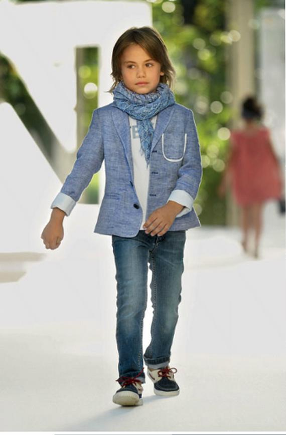 http://loveshav.com/wp-content/uploads/2015/03/2-beautiful-designer-dress-for-boy-kids.png