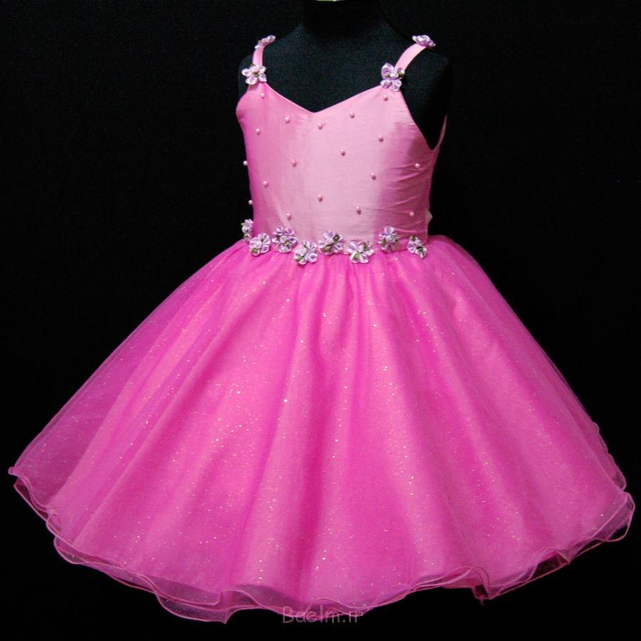 2 pink color old girls wear dress