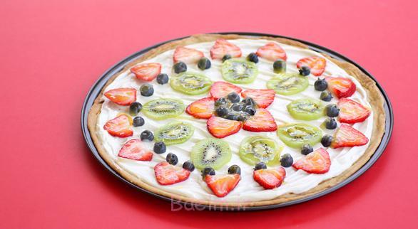 2011-06-28-fruit-pizza586-322
