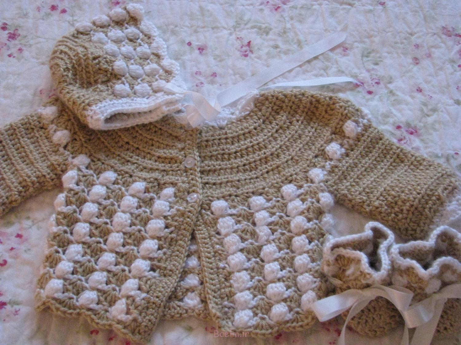 Best Crocheted Sweaters for Newborn Babies (7)