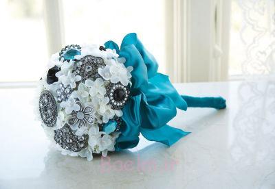 دسته گل سنجاق سینه عروسی شیک (1)