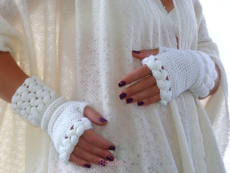beautiful white fingerless crochet mittens