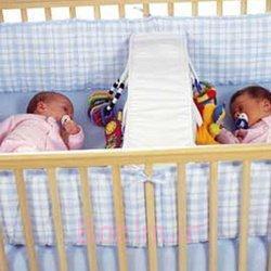 دوقلوها تخت نوزاد (4)