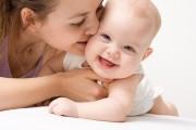 علائم نشان دهنده این که کودکتان شما را دوست دارد