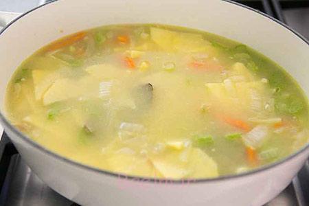 طرز تهیه انواع سوپ,پخت سوپ گل کلم
