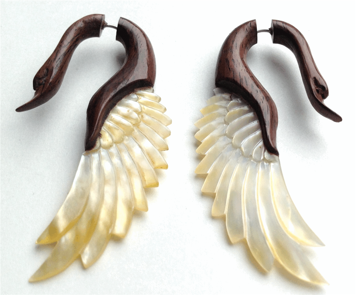 offwhite and brown color wooden gauge earrings 2014