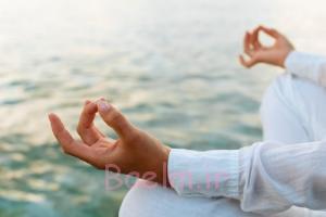 بیماری هایی مانند کمردرد و آرتروز را با یوگا درمان کنید